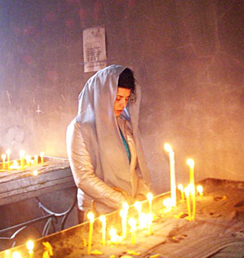 молящаяся1 (500x529, 477Kb)