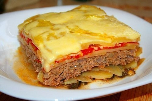 myasnaya-zapekanka-s-pomidorami-kartofelem-i-baklazhanom (500x333, 36Kb)