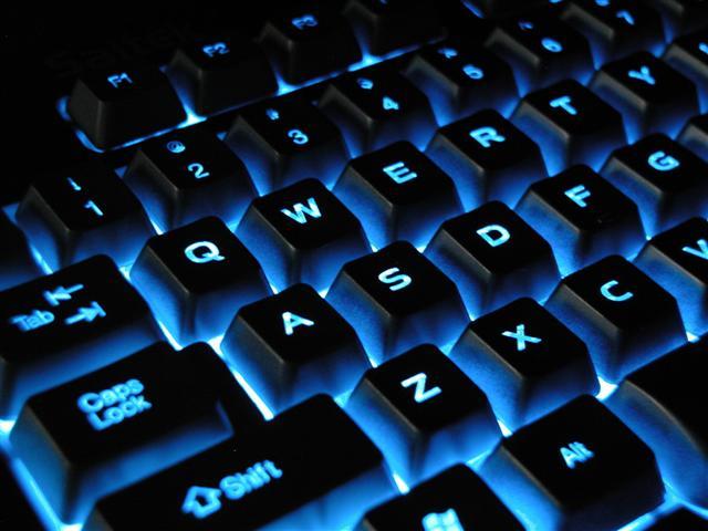 6009459_klaviatura (640x480, 50Kb)