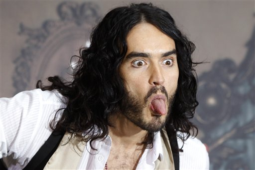 Russell Brand - tongue (512x341, 32Kb)