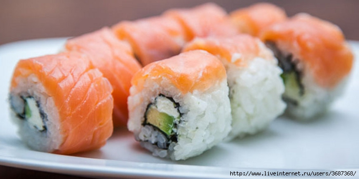 Суши Филадельфия с копченым лососем (700x350, 137Kb)