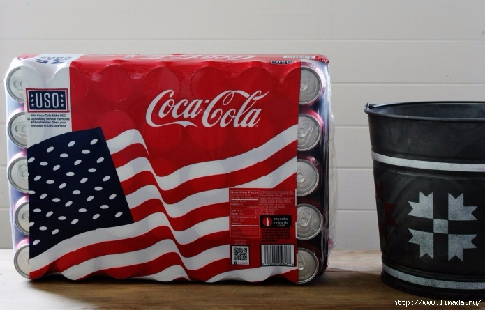 Coca-Cola-cans-case-USO-cans-Knick-of-Time (695x445, 178Kb)