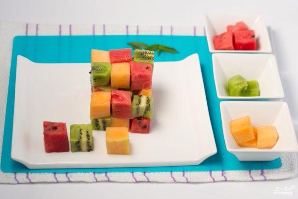фруктовый салат кубиками1 (607x406, 150Kb)