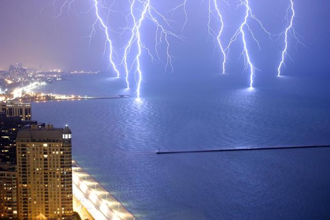 Как возникает молния?