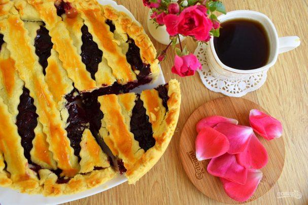 Десерты из вишни/5281519_vishnevii_pirog_quottvin_piksquot403957 (607x405, 56Kb)