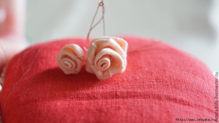 розы из ткани своими руками/3925073_10 (700x393, 118Kb)
