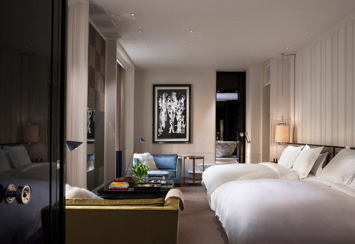 rosewood-london_manor-house-suite-master-bedroom (700x481, 271Kb)