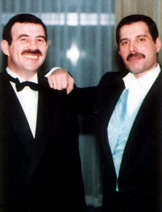 Личные фотографии Фредди Меркьюри с любовником