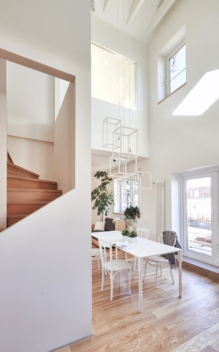 Современный дом в пригороде Москвы. Интерьер студии Ruetemple