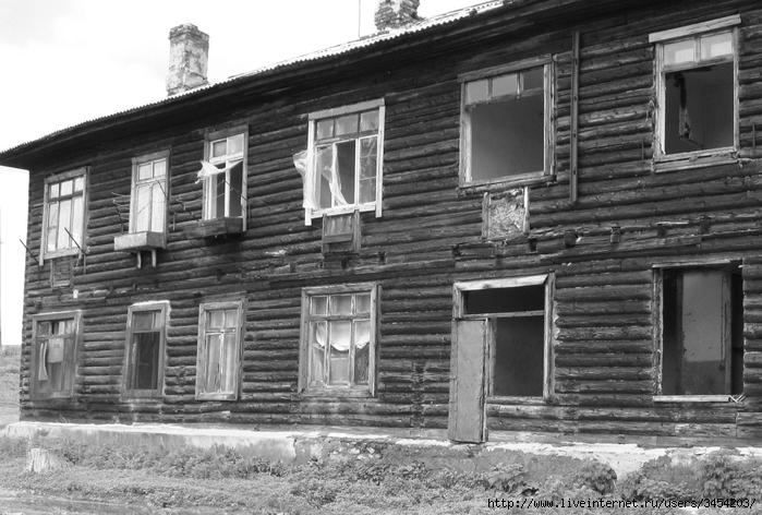 Рис.1.2.1.1 Дом, в котором произошло убийство. Фотография 2009 г. (700x472, 243Kb)