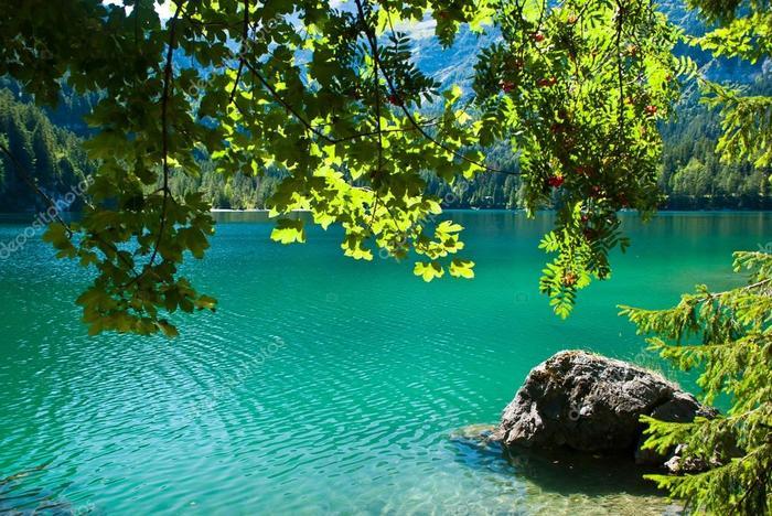 depositphotos_4225368-stock-photo-high-mountainous-lake-tovel-in (900x668, 94Kb)