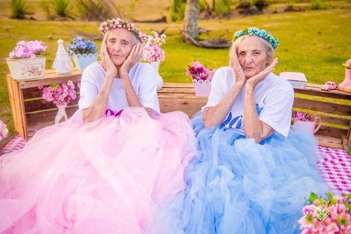 Сестры-близнецы 1 (700x466, 351Kb)