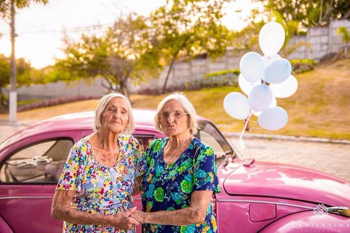 Сестры-близнецы 9 (700x466, 392Kb)