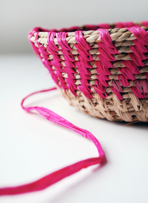 raffia-woven-basket-via-we-are-scout1 (508x700, 339Kb)