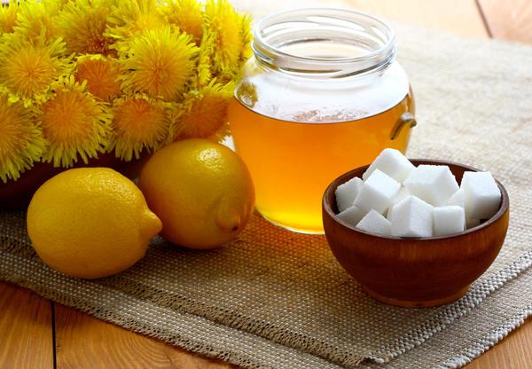 Мед или что-то похожее на мед из одуванчиков