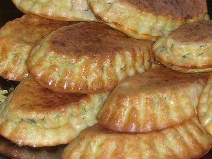 Кабачковые кексы с беконом и зеленью