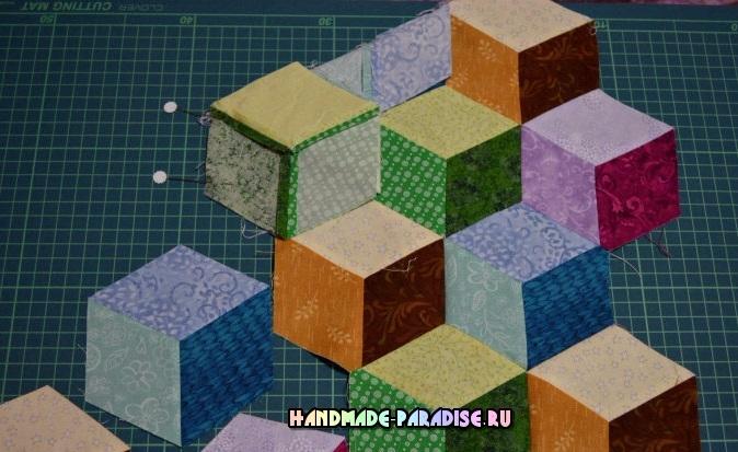 Лоскутное одеяло «Кубики» в технике пэчворк (26) (674x413, 298Kb)