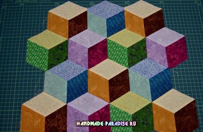 Лоскутное одеяло «Кубики» в технике пэчворк (28) (689x449, 340Kb)
