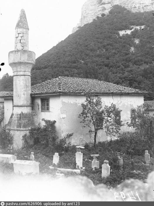 Бахчисарай. Мечеть Салачик Асма-Кую. 1920 - 1930 (525x700, 226Kb)