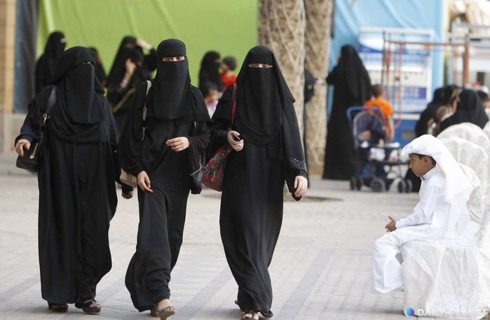 Что нельзя делать мусульманской женщине?