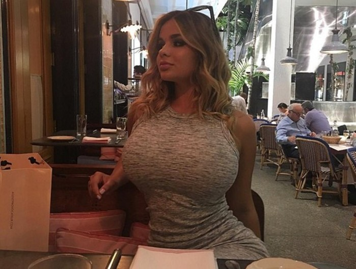 Калининградская девушка — двойник Ким Кардашьян