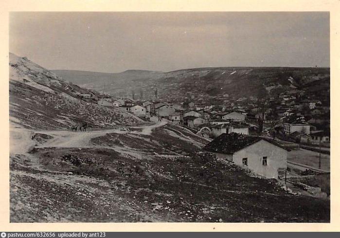 Дома в Бахчисарае  Häuser in Bachtschyssaraj Глоуа Арка ковльищк (700x489, 338Kb)