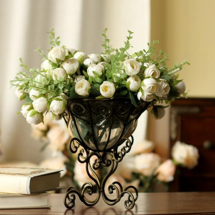 Искусственные цветы интерьере