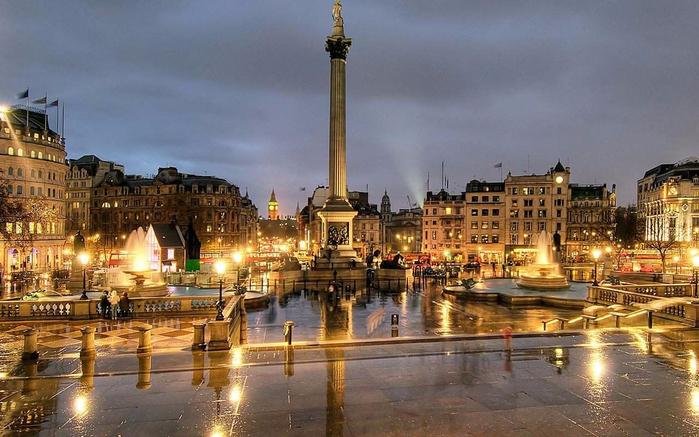 Incredible-Night-View-Of-The-Trafalgar-Square (700x437, 357Kb)