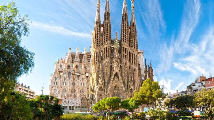 "alt=""Знакомьтесь, Барселона!""/2835299_Znakomtes_Barselona (700x393, 179Kb)"