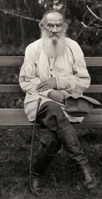 Знаменитые личности российской истории на цветных фотографиях, раскрашенных художником самоучкой