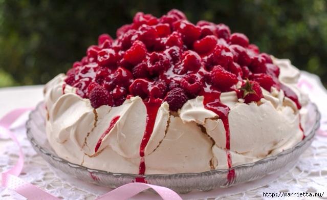 Торт Павлова с малиной (2) (639x391, 157Kb)