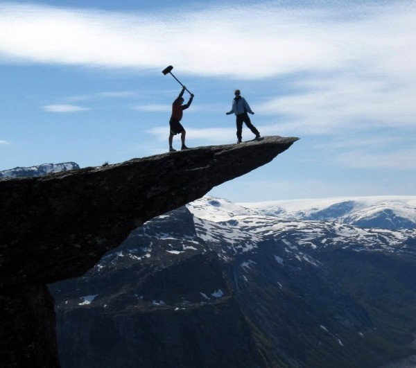 3577132_largeimageTrolltunga1600x531 (600x531, 59Kb)