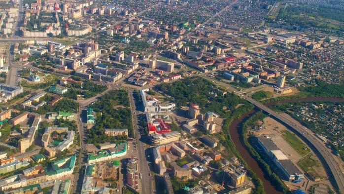 Москву поделят на приватные и публичные территории/5829641_gorod_sverhy (700x393, 298Kb)