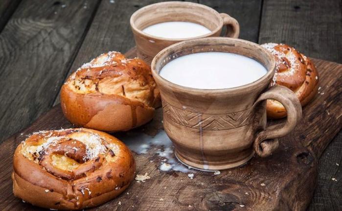 Популярные мифы и заблуждения о молоке