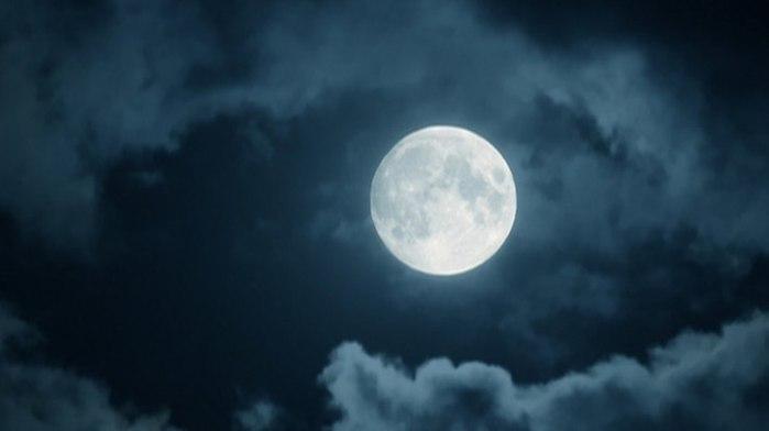 304 Разве луна не та (700x392, 20Kb)