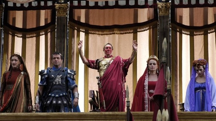 Топ-10 сериалов об исторических событиях (лучшие исторические сериалы)