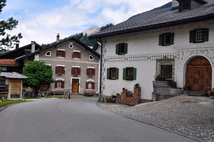швейцарская коммуна Бергюн Бравуонь 4 (700x464, 347Kb)