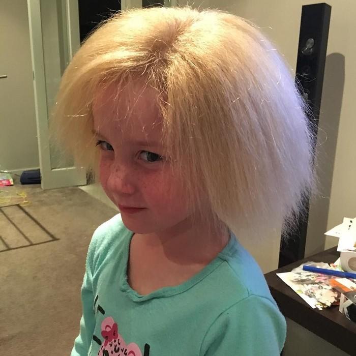 Волосы этой малышки не может укротить ни одна расческа