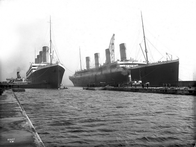 2422715-Olympic_and_Titanic-1502196011-650-521d3b9934-1502363931 (650x489, 173Kb)