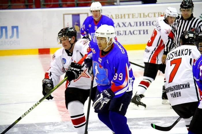 «Сивучи» укрепились вратарем СКА Александром Козубенко