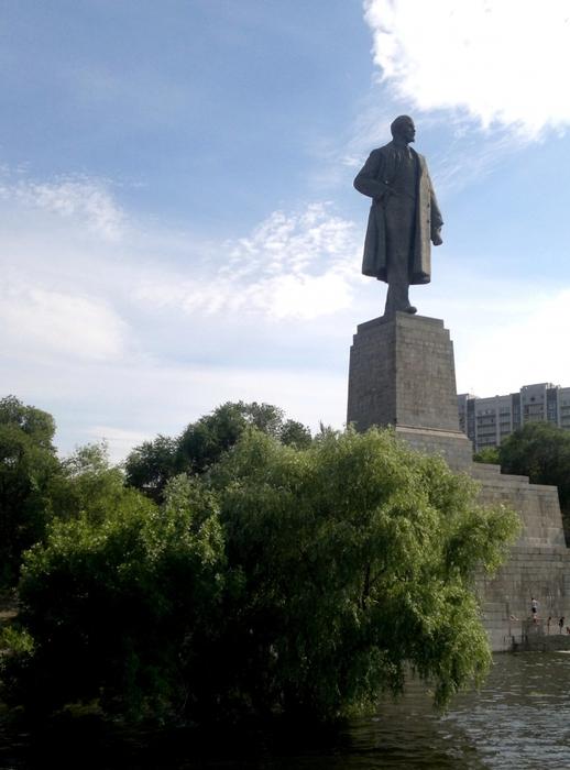 5121882_leto_2017_Lenin_jiv (518x700, 228Kb)