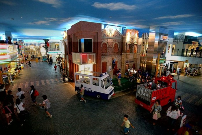 Проект Kidzania   город детей в Мексике