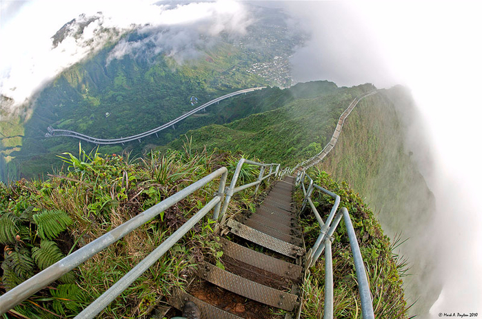 Haiku_Stairs_01 (700x463, 440Kb)