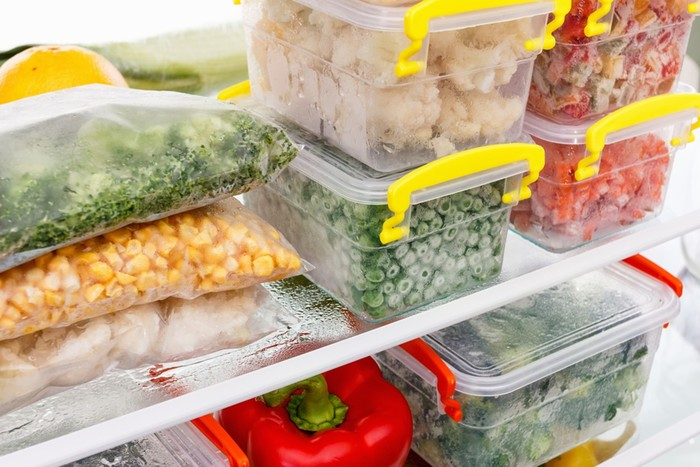 Как заморозить овощи и фрукты и сохранить в них витамины
