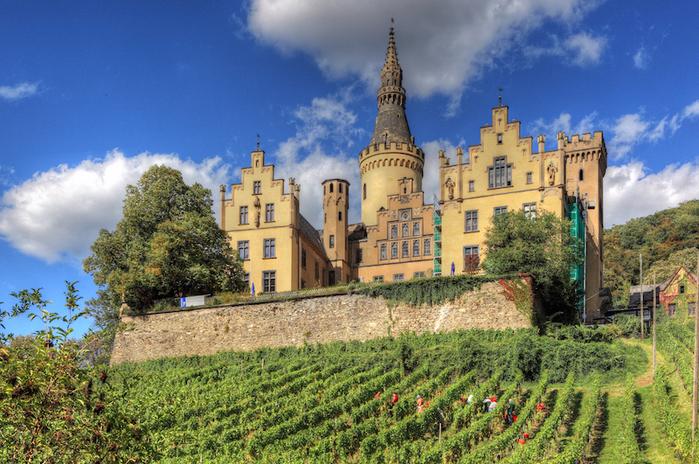 Schloss_Arenfels2 (700x464, 537Kb)