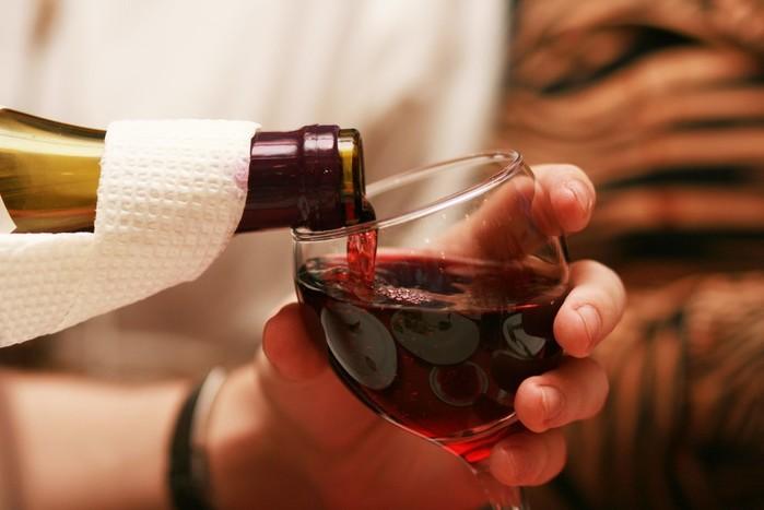 Вино — на здоровье! Полезные свойства солнечного напитка