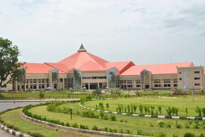 церковь Скиния веры нигерия 3 (700x468, 283Kb)