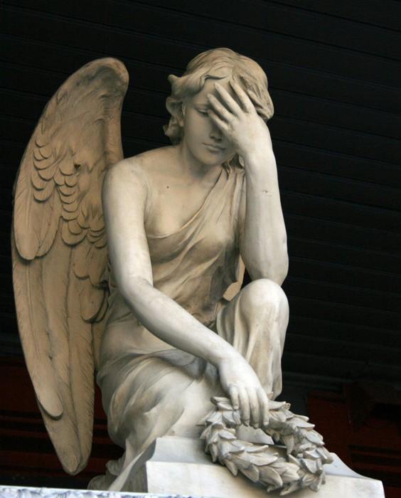 «Прощай, жестокий мир». Самые жуткие и необычные самоубийства в истории