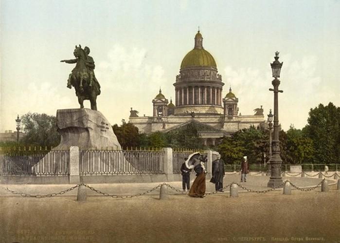 Зачем Петр I перенес столицу из Москвы в Санкт-Петербург
