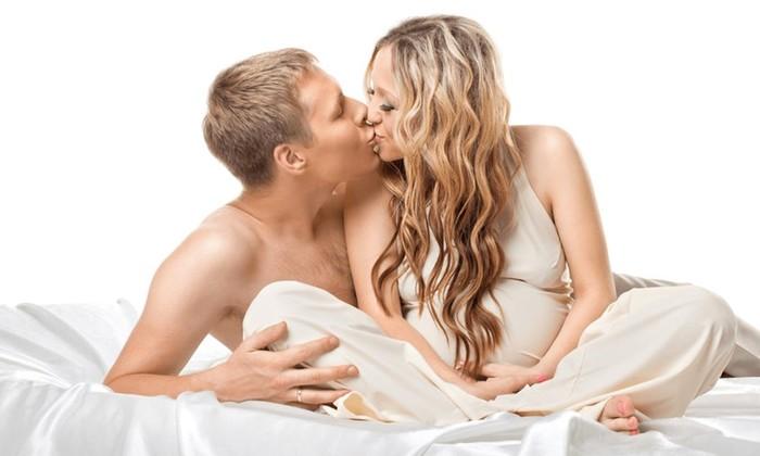 Развеиваем мифы о сексе во время беременности